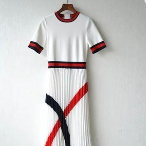 Ted Baker FYNLIE Knitted dress w/pleated skirt sz5